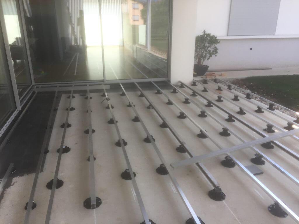 piedini regolabili per pavimenti in decking galleggianti
