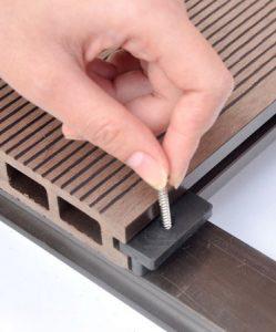 installazione wpc clips composito PVC